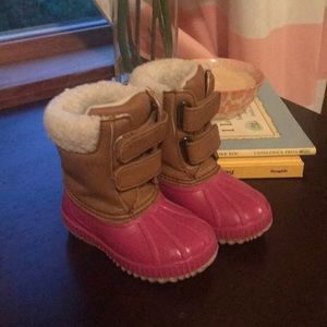 Insulated rain boots